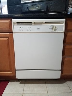 Whirlpool dishwasher for Sale in Brick Township, NJ