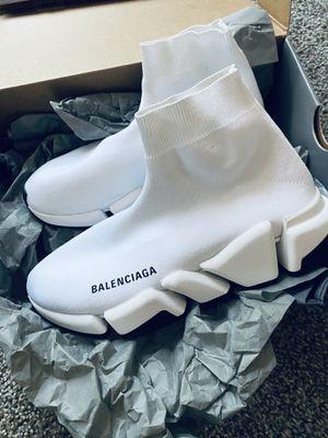 White Balenciaga Runners for Sale in Decatur, GA