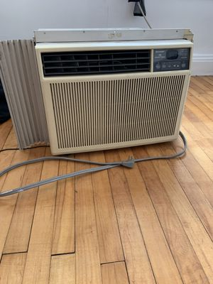 Sharp AC Unit (10,500 BTU) for Sale in Philadelphia, PA