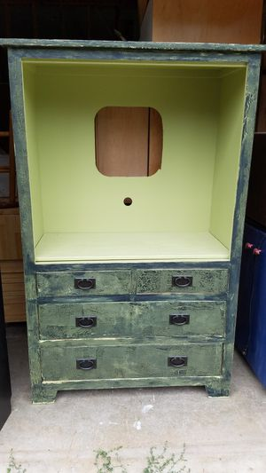FREE Armoire!! for Sale in Sedro-Woolley, WA