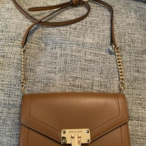 Michael Kors Leather Crossbody for Sale in Monticello, NY