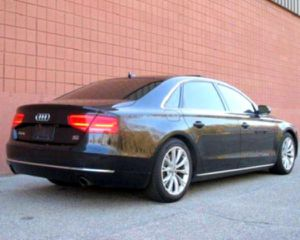 2011 Audi A8L Adjustable Steering Wheel for Sale in New Haven, CT