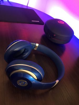 Beats by Dre Studio 3 Wired Headphones - Blue for Sale in Gig Harbor, WA