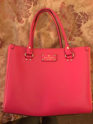 Kate Spade leather handbag for Sale in Streamwood, IL