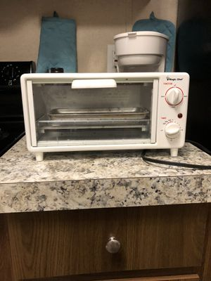 Magic chef toaster oven for Sale in Catawba, NC