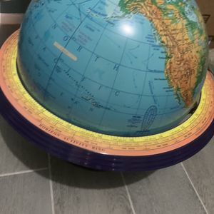 Globes:3 available for Sale in Belle Isle, FL