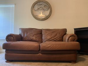 Leather sofa/couch for Sale in Orlando, FL