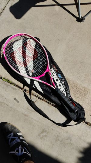 Tennis racket for Sale in Moreno Valley, CA
