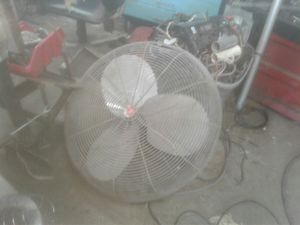 32 inch commercial fan. Good for your shop or garage it works good lots of power for Sale in Manteca, CA