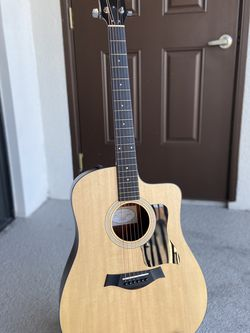 Taylor 110ce Guitar for Sale in Fort Myers Beach,  FL