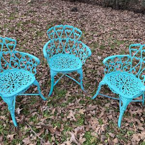 Metal Patio Chair for Sale in Graham, NC