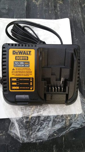 DeWALT CHARGER for Sale in Hacienda Heights, CA
