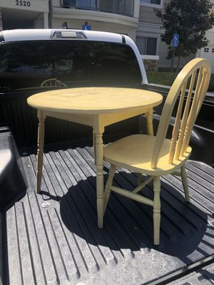 Small kids table and Chair for Sale in Oceanside, CA
