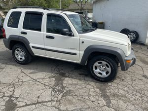 2005 Jeep liberty 4 x 4 for Sale in Cleveland, OH