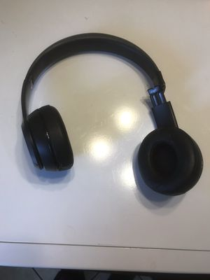 BEATS headphones and pill speaker for Sale in Houston, TX