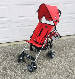 Chicco Capri lite weight packable stroller with rain cover $25 for Sale in Lynnwood, WA