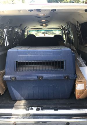 Large dog crate for Sale in Milpitas, CA