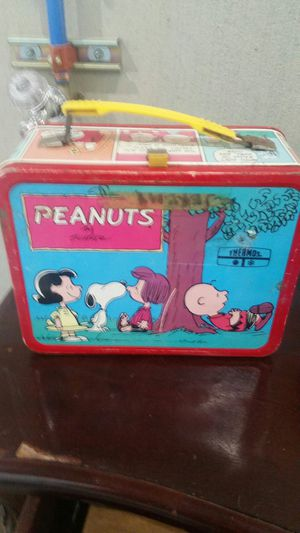 Vintage peanuts lunchbox with thermos for Sale in Tacoma, WA