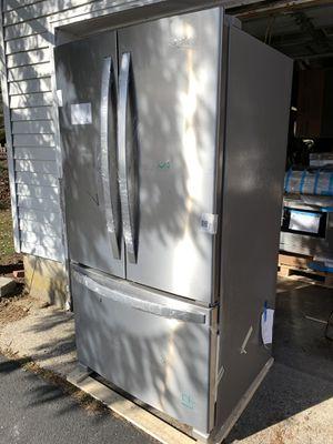 *WHIRLPOOL FRENCH DOOR REFRIGERATOR for Sale in Magnolia, DE