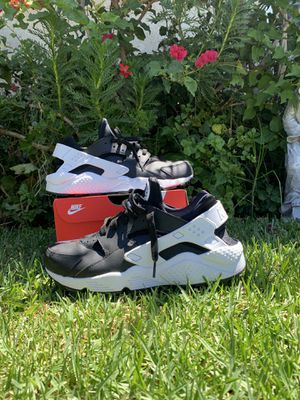 Nike air huarache size 10 for Sale in Montebello, CA