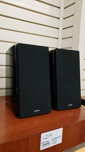 Edifier Speaker Pair for Sale in Chicago, IL