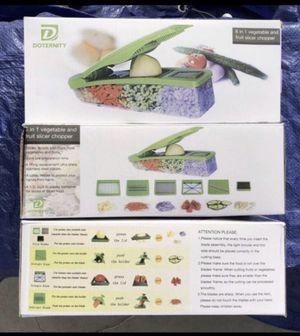 Pro Vegetable Chopper by Doternity for Sale in Fontana, CA