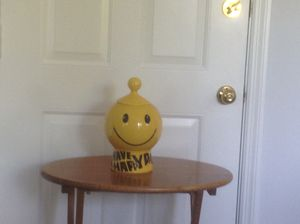 Vintage McCoy Happy Face Cookie Jar (early 70's), excellent condition. $50/OBO pick up in Ashburn for Sale in Ashburn, VA