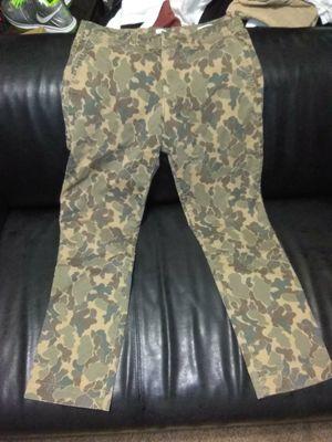 GAP CAMO PANTS/ SIZE 30/30 SLIM for Sale in Atlanta, GA
