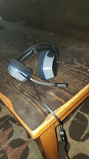Gaming headphones for Sale in Clearwater, FL