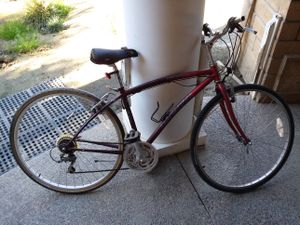Specialized bike 700cc wheel for Sale in Riverside, CA