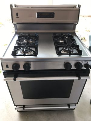 Kenmore stainless steel stove for Sale in Fresno, CA