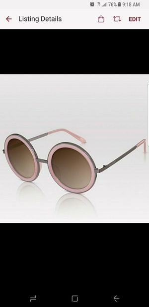 NWT PERVERSE Pink Geek Chic Sunglasses for Sale in Los Angeles, CA