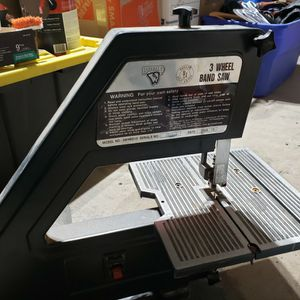 Buffalo Brand 10 Inch Band Saw for Sale in Tempe, AZ
