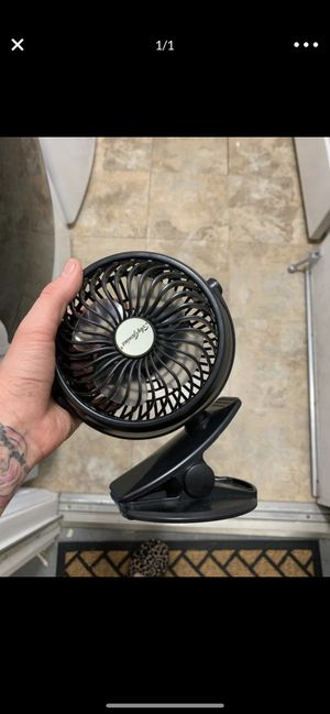 Free fan no cable for Sale in Scottsdale, AZ