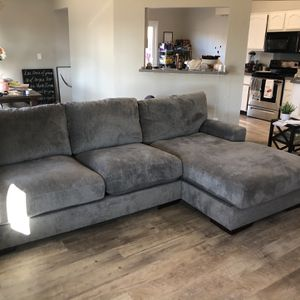 Couch for Sale in Benicia, CA