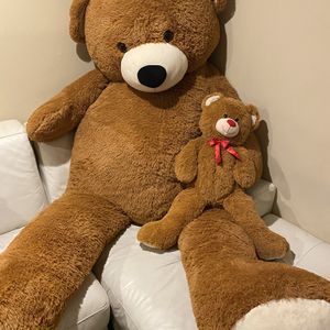 Giant teddy Bear for Sale in River Grove, IL