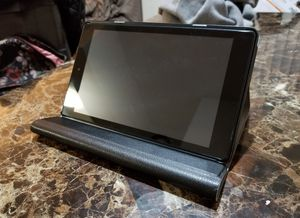 Amazon Fire Tablet 8 HD w/ Wireless Keyboard - Like New for Sale in Sully Station, VA