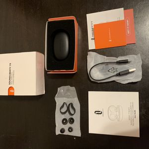 TaoTronics SoundLiberty 79 True Wireless TWS Bluetooth Earbuds TT-BH079 for Sale in Los Angeles, CA