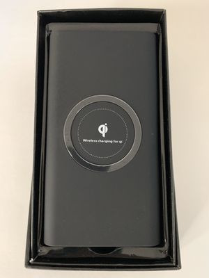 Power Bank Qi Charger for Sale in Los Angeles, CA