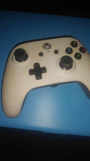 Wired Xbox one controller for Sale in San Antonio, TX