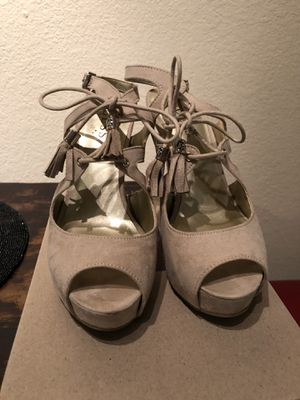 Guess Suede Nude Platform with Fringes (Sz 6) for Sale in Austin, TX