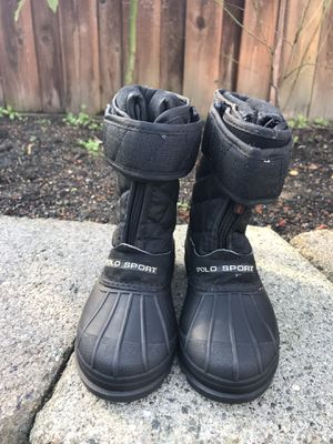 Kids snow boots size 8 for Sale in Concord, CA