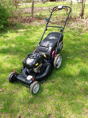 Self Propelled Lawn mower Craftsman mint for Sale in Litchfield, CT