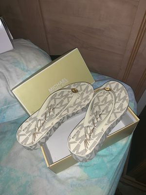 Michael Kors Bedford Platform Flip Flops for Sale in Lawrenceville, GA