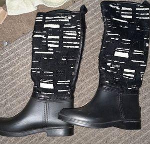Stylish Italian Boots Women sz: 7- 8 US, 38 EU for Sale in Bloomfield, NJ