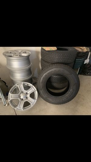 Jeep Wrangler Wheels & Tires 245/75/17 for Sale in Ceres, CA