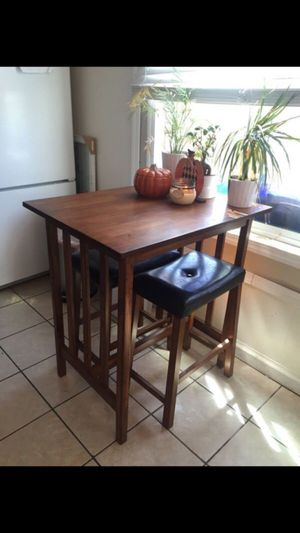 Small kitchen table for Sale in Carlsbad, CA