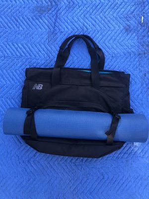 New balance gym bag with yoga mat for Sale in San Diego, CA