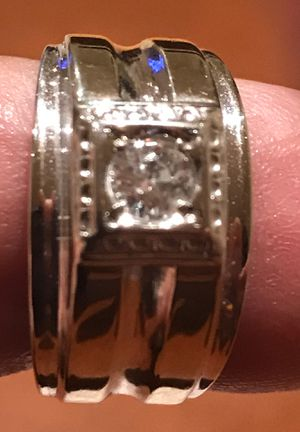 Engagement ring 1/2 ct 14k white very nice Ring for Sale in Des Plaines, IL
