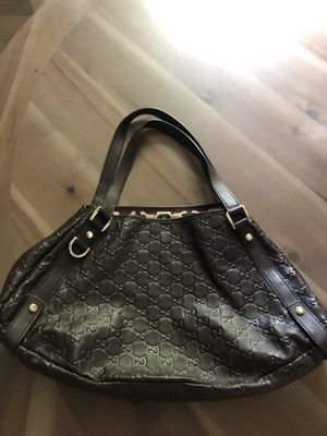 Gucci Abbey med shoulder bag Brown for Sale in Snohomish, WA